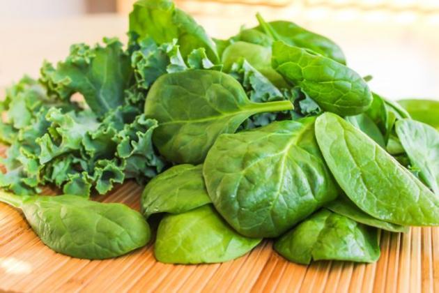 Manger des légumes verts préserve la santé mentale
