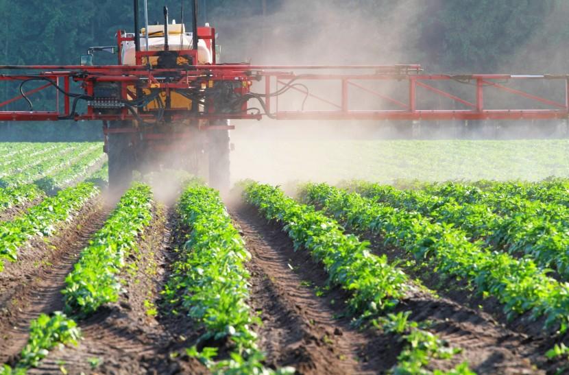 Exposition permanente aux pesticides dans nos campagnes