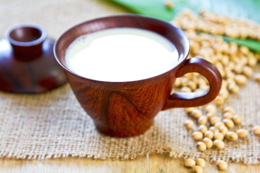 Un lait de soja maison avec ChufaMix